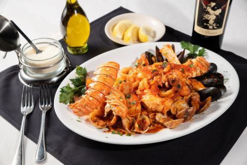 LobsterDiavolo5.JPG
